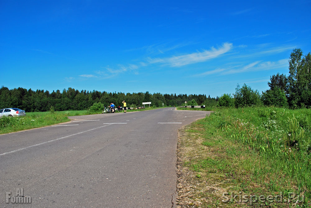 Развилка на деревню Шалково