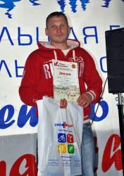 Спортсмен Пелевин Алексей на награждении Деминского бегового марафона-2012