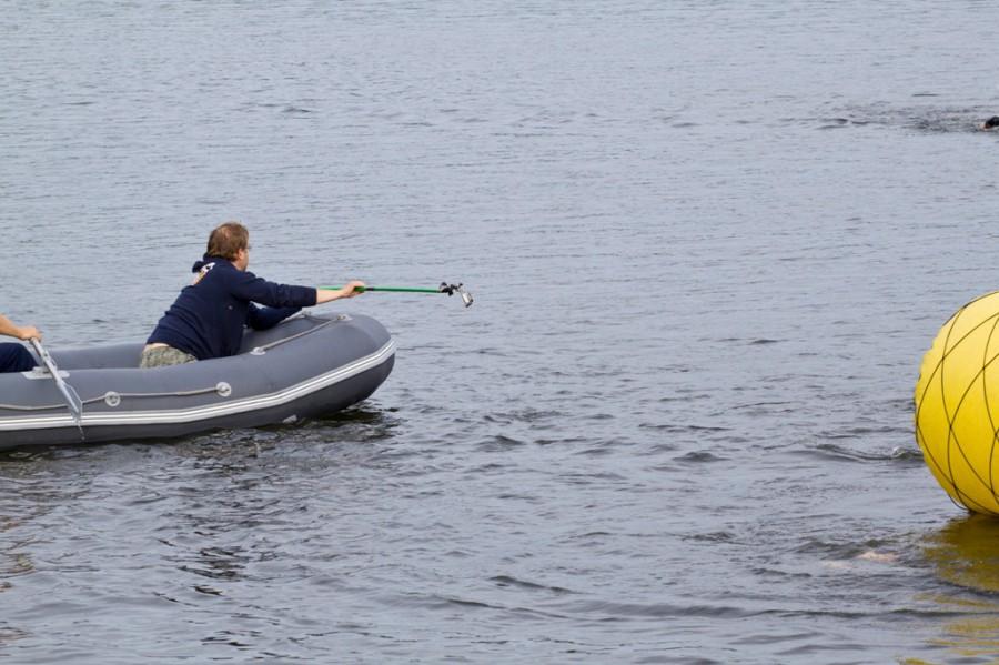 Организаторы снимали экшн-камерой, как над водой, сопровождая спортсменов на лодке, так и под водой! Надеемся скоро выложат фильм!