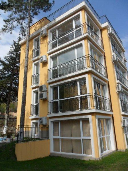 Фото гостиницы в городе Бяла, Болгарии. Черное моря