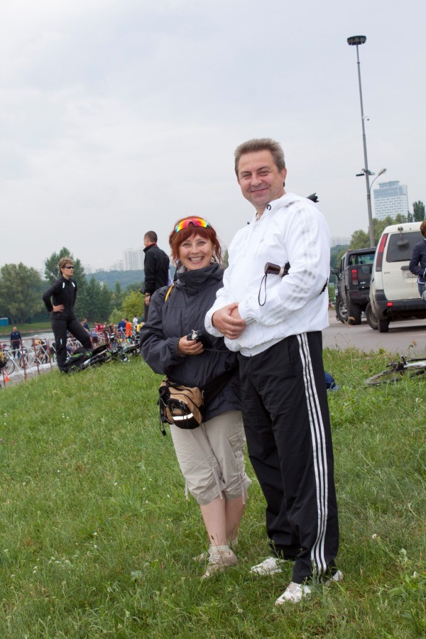 группа поддержки Куликова Андрея: жена Танюша и друг Игорь.