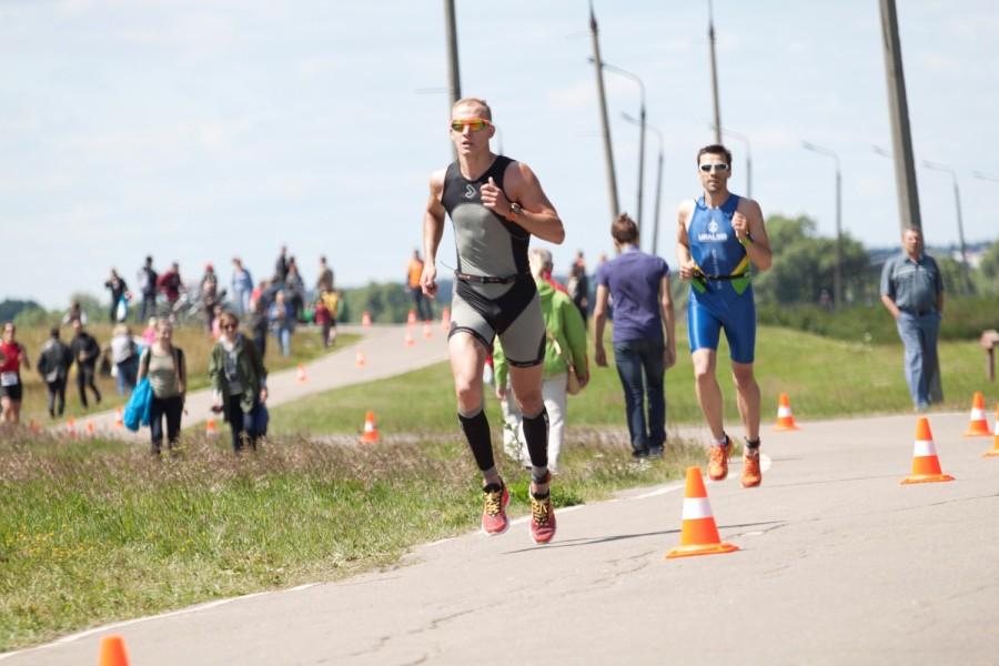 Дмитрий Ильин на беговом этапе!
