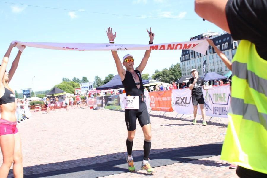 Финишеру Дмитрию Тимофееву Браво и Спасибо особое от меня за позирование на фото! Отличная подготовка и очень хороший результат! Молодец!