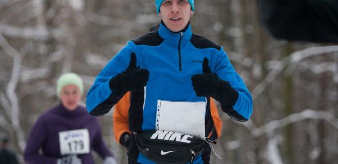 Фото - Евгений Муравьев на Московском новогоднем марафоне 2015