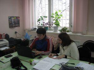 sleva-gl-trener-komandyi-g-yaroslavlya-andrianova-lyudmila-alekseevna-sprava-gl-sekretar-smirnova-anna-vladimirovna