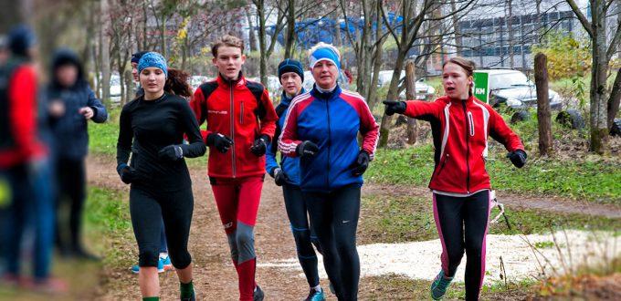 Фото спортсменов - Бег в Яковлевском бору Ярославля