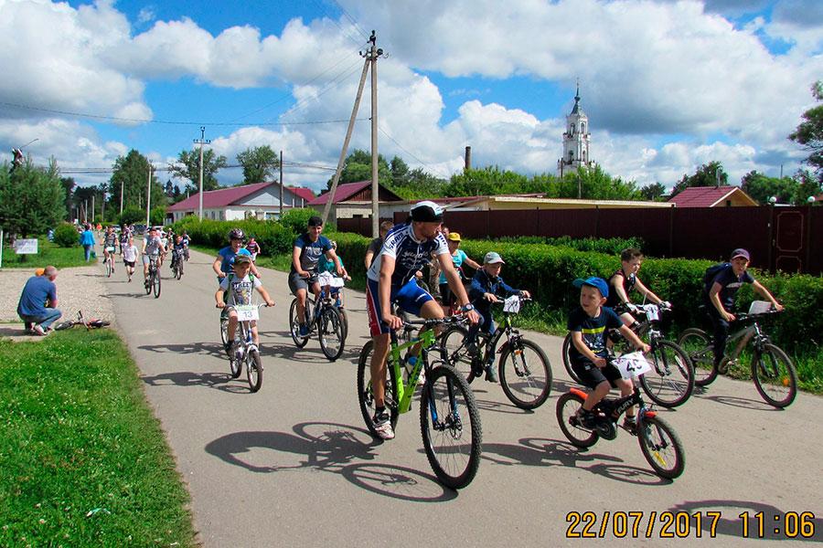 Фото юных спортсменов - Велосипедный спринт в Нерехте 2017