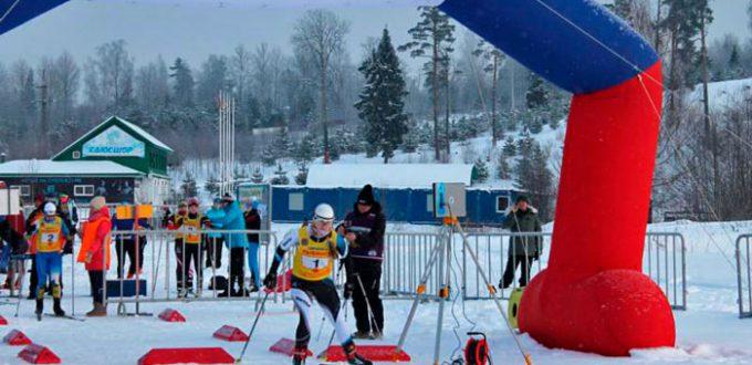 Фото лыжницы - Лыжные гонки в Демино, Рыбинск