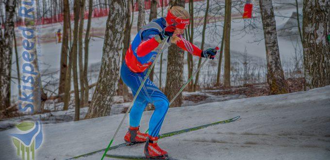Фото лыжника - Спринт в гору. Лыжные гонки