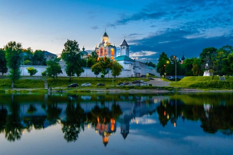 Фото достопримечательности - Спасо-Преображенский монастырь