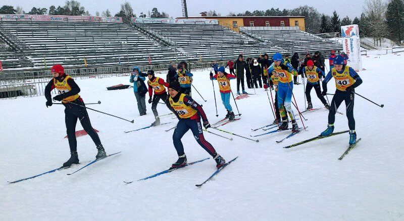 Фото стартующих биатлонистов - В «Дёмино» состоялись первые соревнования по биатлону