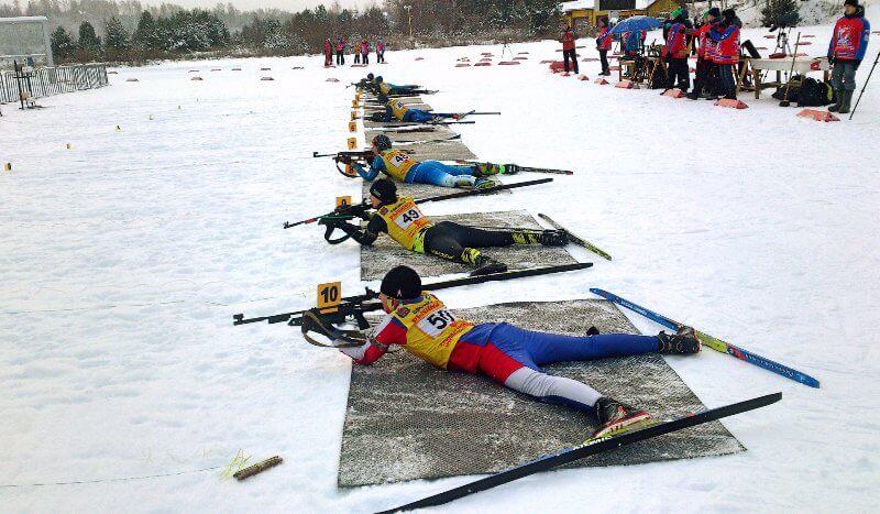 Фото на огневом рубеже - В «Дёмино» состоялись первые соревнования по биатлону