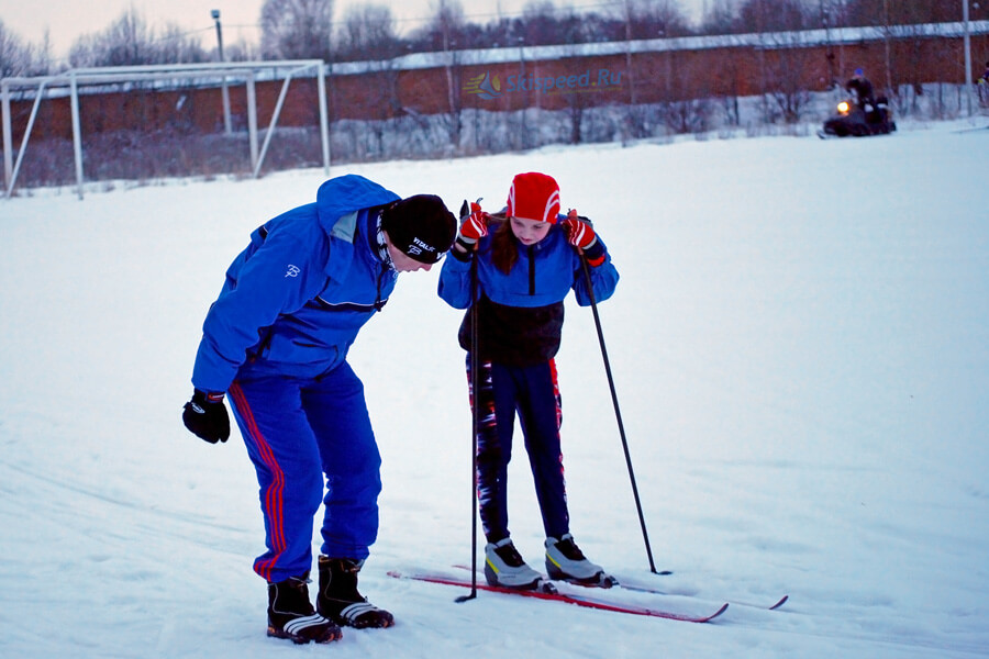 Фотография. Тренер Иван Шаров и Ариан Головляницина. Ярославль, Норское